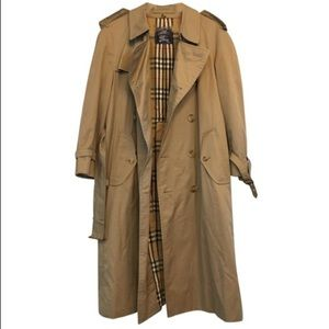 Burberry Vintage Kensington Trench Coat